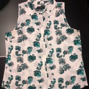 Banana Republic blouse. Size L